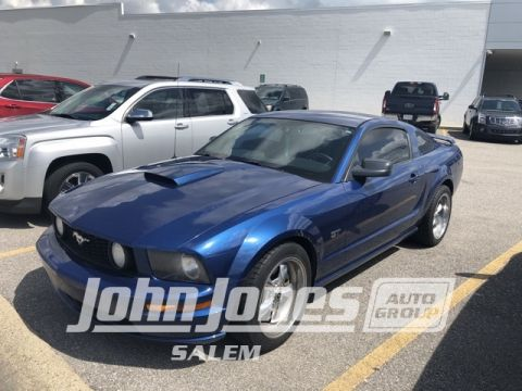 Pre-Owned 2007 Ford Mustang GT Deluxe RWD 2D Coupe