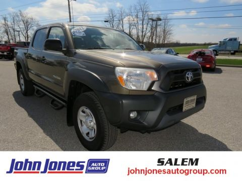 Pre-Owned 2012 Toyota Tacoma Base 4WD 4D Double Cab